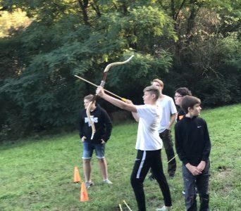Jungenschaft 2019: Bogenbau und Bogenschießen